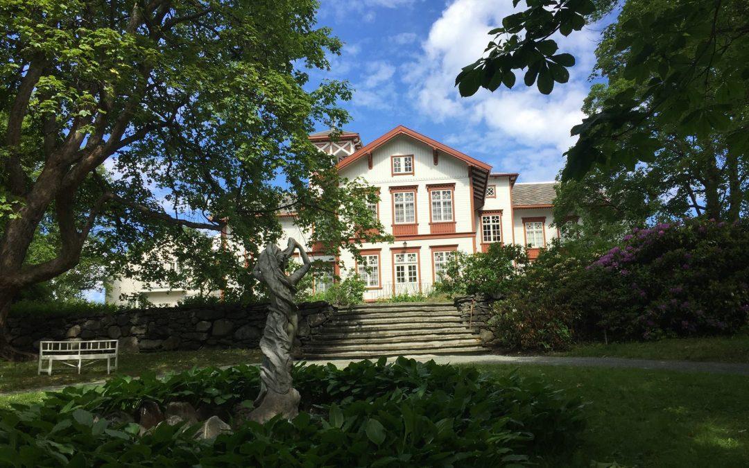 Vandring til Ringve musikkmuseum