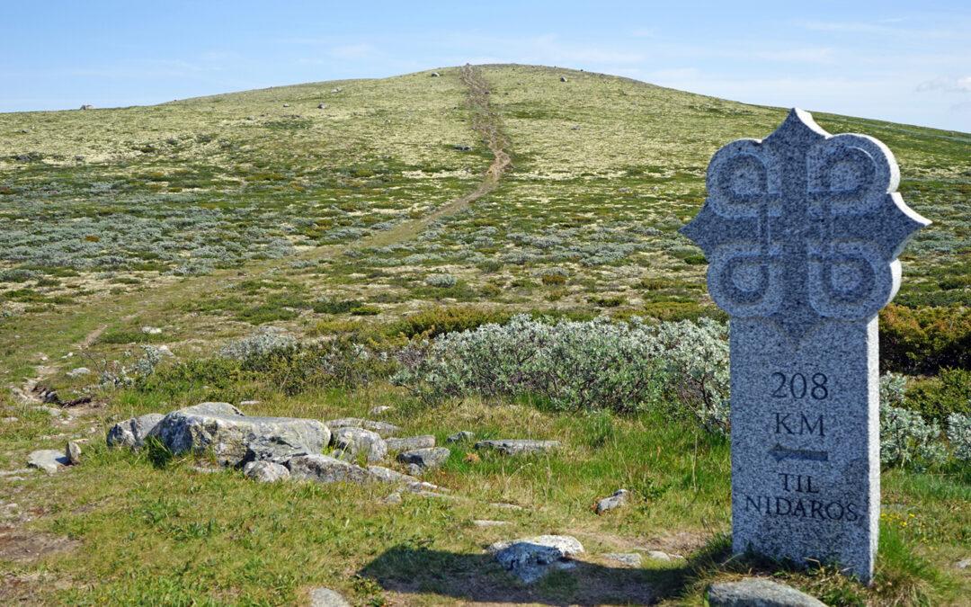 Skilt St. Olavsleden over Dovre