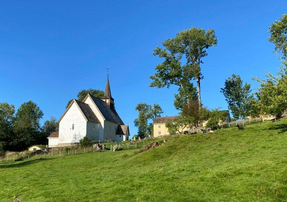 Veøy kirke